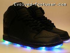 I got my light up shoes onnn. Light Up Clothes, Light Up Shoes, Socks And Sandals, Wedge Sandals, Nike Dunks, All Black, Air Jordans, Sneakers Nike, Footwear