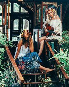 """34b7ef733 ✨Hippie Queens✨ on Instagram  """"Peace   Love☮☮  hippiequeens ."""