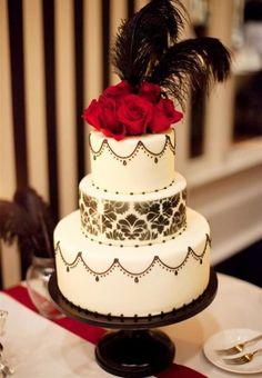 wedding cakes black My friends company makes custom cakes stands in all different colors! Masquerade Cakes, Masquerade Wedding, Gatsby Wedding, 1920s Wedding Cake, 1920s Cake, Masquerade Ball, Red Wedding, Wedding Cake Stands, Cool Wedding Cakes