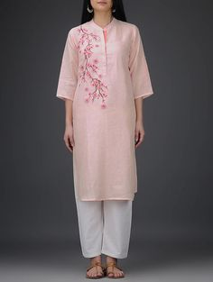 Pink Roll-Up Sleeve Embroidered Linen Kurta Embroidery On Kurtis, Kurti Embroidery Design, Embroidery Suits, Embroidery Fashion, Indian Attire, Indian Wear, Indian Outfits, Kurta Designs, Blouse Designs