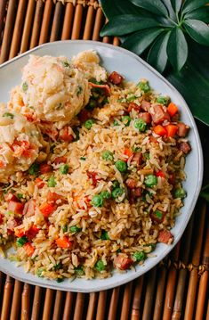 Spam Fried Rice Recipe - The Woks of Life Spam Recipes, Rice Recipes, Side Dish Recipes, Korean Recipes, Easy Recipes, Chicken Recipes, Pork Fried Rice Easy, Spam Fried Rice, Wok Of Life