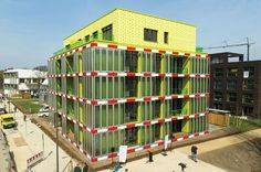 5 Smart Building Skins That Breathe, Farm Energy, and Gobble Up Toxins  An Energy-Producing Algae Facade  This 2,150-square-foot wall, unveiled in Germany this spring, is the result of three years of testing by a group of designers from Splitterwerk Architects and Arup. Its vibrant chartreuse hue isn't just an aesthetic flourish—in fact, it's tinted by millions of microscopic algae plants, which are being fed nutrients and oxygen to spur biomass production. Facilitated by direct sunlight…