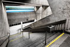 Continuing his quest to capture the 'overlooked' beauty of the metro system, Montreal-based photographer Chris Forsyth has recently completed the next installment of his award-winning metro series. Including Munich, Berlin and Stockholm, as well as...