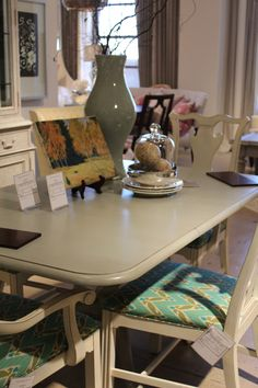 French Provincial Cottage Chic And Dining Room Tables On Pinterest