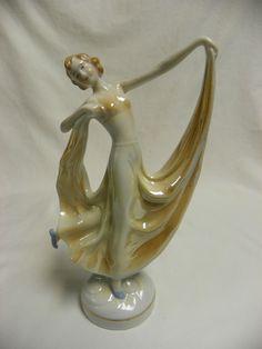 Beautiful Porcelain 1930s Dancing Lady Figurine