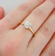 One Carat Vintage Diamond Solitaire Engagement Ring Yellow Gold Natural  Round Brilliant Center Diamond