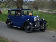 Morris Saloon Classic Old Cars -...  Like, repin, share, Thanks!