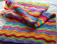 Oiyi's Crafts: Ripple Blanket Completed!