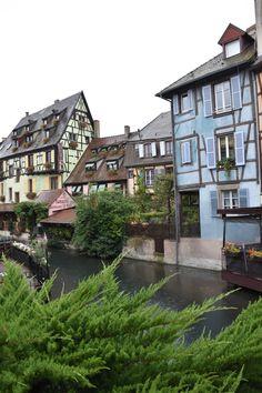 Petite Venise de Colmar en Alsace #alsace #colmar #petitevenise Strasbourg, Colmar Alsace, Road Trip, Blog Voyage, Letting Go, Mansions, House Styles, Venice, Welcome