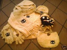Rare Knit Sario Hello Kitty Set