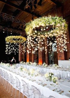 Having a fall or winter wedding at an indoor venue, but still want to channel the outdoors? You can! Here's how to use your decor to bring the outdoors in.