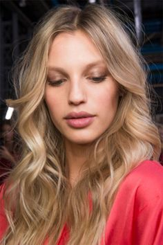 100 Best Hair Inspiration Pics from Fashion Month | StyleCaster