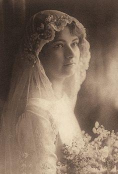 +~+~ Antique Photograph ~+~+ Beautiful Bride