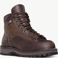online shopping for Men's Danner Light II Boot from top store. See new offer for Men's Danner Light II Boot Fashion Boots, Sneakers Fashion, Unisex Fashion, Mens Fashion, Cowboy Boots Square Toe, Danner Boots, Mens Hiking Boots, To Boot New York, Trekking Shoes