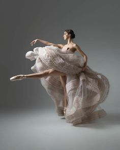 Isobelle Dashwood with The Australian Ballet and nominee for the Telstra Ballet Award (congratulations Elle ) Photo © Taylor-fernè Morris Photography Ballet Pictures, Dance Pictures, Ballet Art, Ballet Dancers, Ballerinas, Ballet Painting, Bolshoi Ballet, Shall We Dance, Just Dance