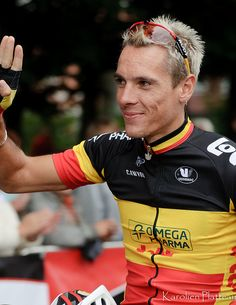 weheartcycling: Philippe Gilbert won the Grand Prix Cycliste de Québec, adding to his already impressive tally of 2011 wins and putting him in the lead of the world rankings. Cycling Clothing, Cycling Outfit, Cyclists, Biking, Grand Prix, Bicycle, Portraits, Sports, Hs Sports