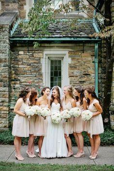Blush bridesmaids - Wedding look