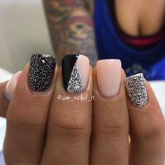 Nails, gel nails и acrylic nail designs pictures. Fancy Nails, Cute Nails, Pretty Nails, My Nails, Glittery Nails, Silver Glitter, Glitter Rosa, Glitter Uggs, Silver Nail Art