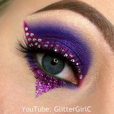 Purple eyeliner Creative Eye Makeup, Colorful Eye Makeup, Eye Makeup Art, Glam Makeup, Makeup Inspo, Makeup Inspiration, Makeup Tips, Beauty Makeup, Eyeshadow Looks