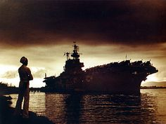USS Enterprise at Ford Island, Pearl Harbor, 24 September taken by Photographer's Mate William T. Photographer's Mate Robert Anderson is in the foreground. Uss Enterprise Cv 6, American Aircraft Carriers, Us Navy Ships, Ww2 History, Naval Academy, 24 September, Flight Deck, Pearl Harbor, World War Two