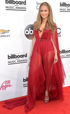 Jennifer Lopez looks ravishing in red in this stunning Donna Karan number!
