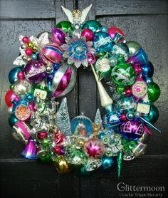 A Joy-Full Wreath © Glittermoon Vintage Christmas Christmas Past, Pink Christmas, Christmas Holidays, Christmas Crafts, Christmas Ideas, Magical Christmas, Christmas Wrapping, Christmas Stuff, Retro Christmas Decorations