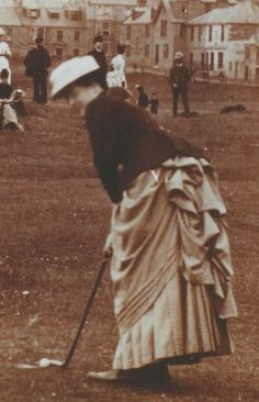 History of Women's Golf Dress or Fashion - Scottish Golf History You'd look good in this Jane!!!