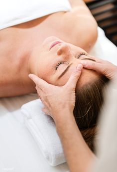 Self Massage Lymphatic - - Massage Chair Photography - Massage Room Interior - Massage Images, Massage Pictures, Facial Images, Facial Pictures, Spa Images, Types Of Facials, Face Massage, Body Massage Spa, Massage Room