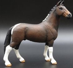 Funny Horses, Cute Horses, Pretty Horses, Horse Love, Schleich Horses Stable, Clydesdale Horses, Horse Stables, Barrel Racing Saddles, Barrel Racing Horses