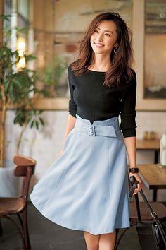 Japan Fashion, Kawaii Fashion, Fashion Pants, Fashion Outfits, Womens Fashion, Uniqlo Style, Stylish Work Outfits, Vogue, Professional Outfits