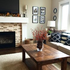 Understated Elegant Living Room In Neutral Shades Of Brown, Tan, Black And  White. Part 61