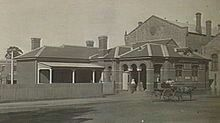 Dandenong Post Office at the start of the 20th century (now demolished).The back of the town hall on the right.