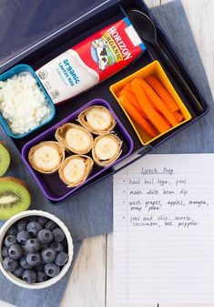 Fast and healthy school lunch ideas and tips, so you can pack a nutritious lunch quickly and easily! Make ahead lunch ideas save you time and effort! Teacher Lunches, Packing School Lunches, Healthy School Lunches, Make Ahead Lunches, Prepped Lunches, Kid Lunches, Vegan Lunches, Healthy Snacks For Diabetics, Easy Healthy Dinners