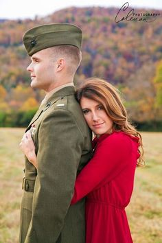 Tons of cute Military Engagement Photo Ideas!