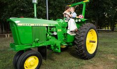 Fun country wedding photos! http://www.countryoutfitter.com/style/real-country-wedding-emily-reuschel/