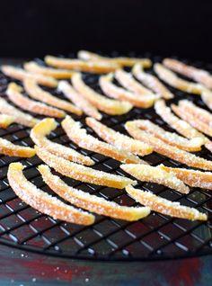 Naranjas confitadas y escarchadas Caramel Pecan, Candy Recipes, Grill Pan, Deli, Pickles, Carrots, Grilling, Picnic, Healthy Recipes