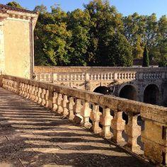 Le soleil et la chaleur d'un été ✨ #chateaudepoudenas #lotetgaronne #viellespierres #lastsummer #terrasse #aupetitmatin #countryside #gascony #amazingplace #patrimoineculturel #monumenthistorique #architecture