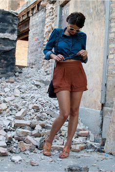 "Karrin of ""Style Sound"" wearing UO's high waist shorts #urbanoutfitters"