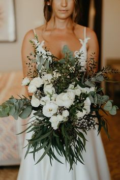 Rustic summer wedding with greenery and white flowers in Paphos Eleni Dean Chic Stylish Weddings Wedding Goals, Wedding Planning, Dream Wedding, Wedding Summer, Summer Weddings, Wedding Set, Summer Wedding Dresses, Small Beach Weddings, Modern Wedding Theme