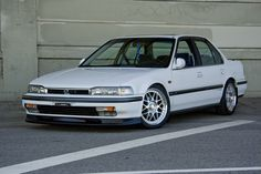 1992 Honda Accord.  Prettier than most.