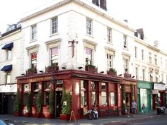 The Queens Arms in Pimlico, Greater London