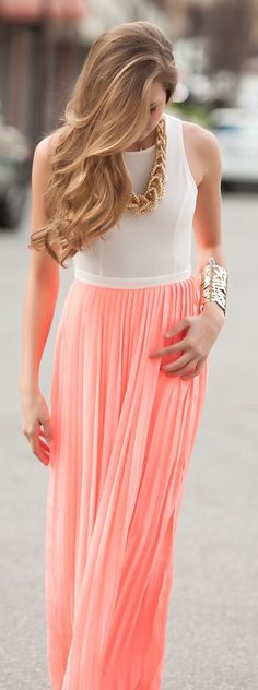 #summer #fashion / peach