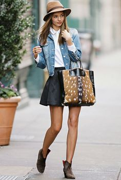 look-miranda-kerr-jaqueta-jeans