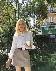 Paris Outfits, Paris Look, Lily Collins, Catwalks, Clothing Co, Parisian Style, French Fashion, Paris Fashion, Celebs