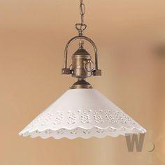 Weiß Filigranes Lochmuster Entzückend Im Landhausstil überzeugt Diese  Romantische Pendelleuchte Mit Ihrem Filligranen .
