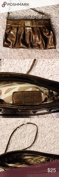"""NWOT Anne Klein Purse PERFECT Gorgeous Crossbody In Perfect Flawless condition.  Metallic Caramel Brown with Gold Hardware Anne Klein purse.  From a smoke and pet-free closet.  11"""" by 6""""  with a 22 inch strap drop. Anne Klein Bags Crossbody Bags"""