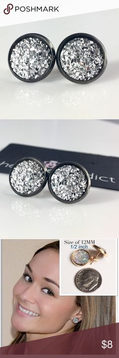 3 for 15🎀flat rocky silver faux druzy studs New! Handmade by me 1/2 inch, 12mm faux acrylic druzy in Gunmetal tone earrings. Gunmetal backings. PRICE FIRM if purchasing 1 pair. No trades.  ➡️TO GET 3 FOR 15 deal⬅️ ✅Click Add to Bundle under any 3 items (marked 3 for 15) ✅Make offer for $15 ✅I'll accept your offer ✅ Additional items $5 each so 4 pairs=$20, 5 pairs=$25, etc. If you need help, let me know 😊 thejeweladdict Jewelry Earrings