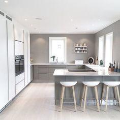 Modern Kitchen Design Modern Kitchen Cabinets Ideas to Get More Inspiration Dish Kitchen Room Design, Modern Kitchen Design, Home Decor Kitchen, Kitchen Living, Home Kitchens, Kitchen Ideas, Minimalist Kitchen Interiors, Kitchen Layouts, Minimal Kitchen
