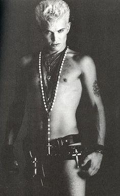 Billy Idol - Punk still lives 80s Music, Music Icon, Music Love, Rock Music, Billy Idol, Rock Roll, Hard Rock, Indie, Musica Pop