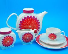 Vintage tea set designed by Axel Wolfgang for Melitta Germany!